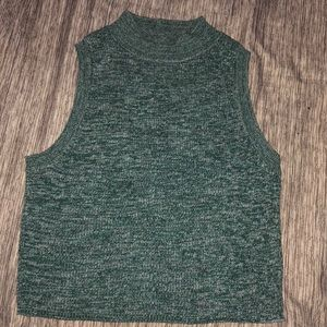 Green crop top